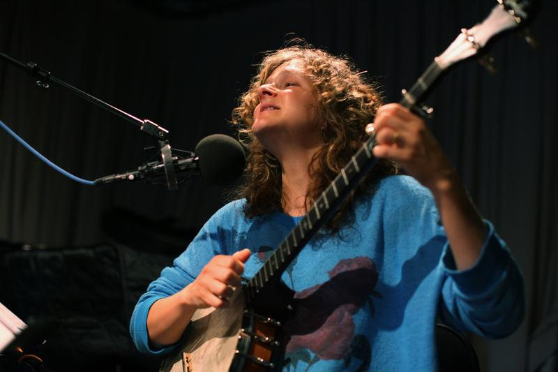 Abigail Washburn performs in the Soundcheck studio