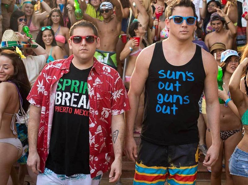 Jonah Hill and Channing Tatum age out of high school in a <em>Jump Street </em>sequel that doesn't mess with its successful formula.