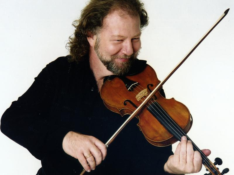 Alasdair Fraser is featured on this week's show.