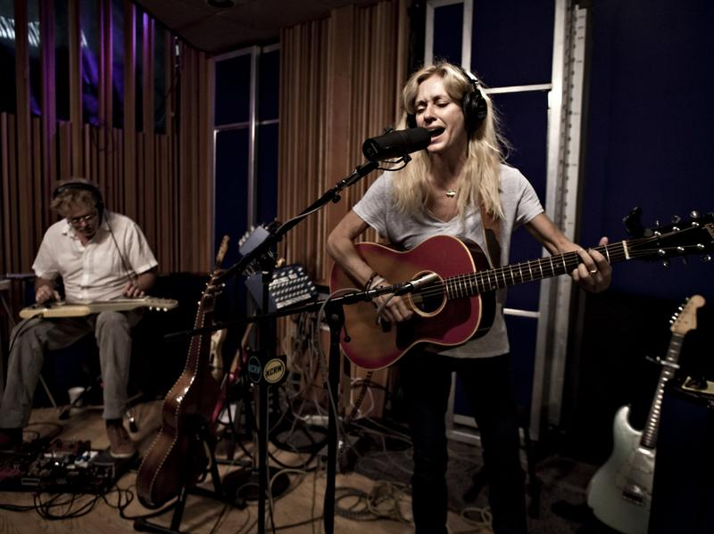"Shelby Lynne visited KCRW's studios to perform ""She Knows."""