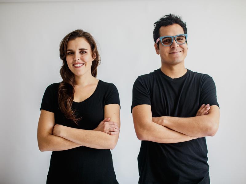 Alejandro y María Laura perform live in this <em>Latin Roots</em> segment.