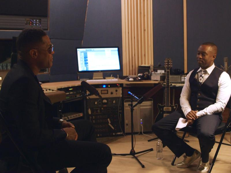 NPR contributor Jason King (right) sits down with R&B star Maxwell in an episode of the documentary series <em>Noteworthy</em>.