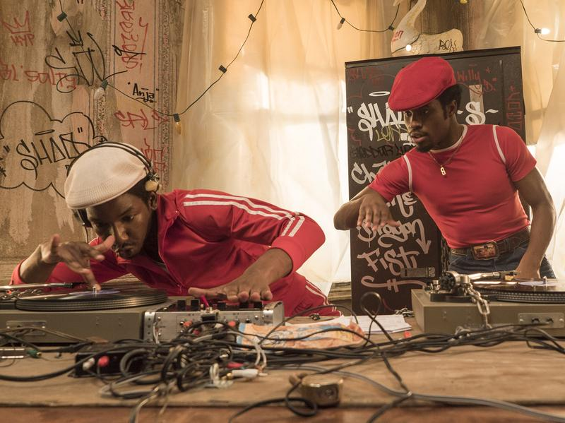Grandmaster Flash (Mamoudou Athie) and Shaolin Fantastic (Shameik Moore) on <em>The Get Down.</em>