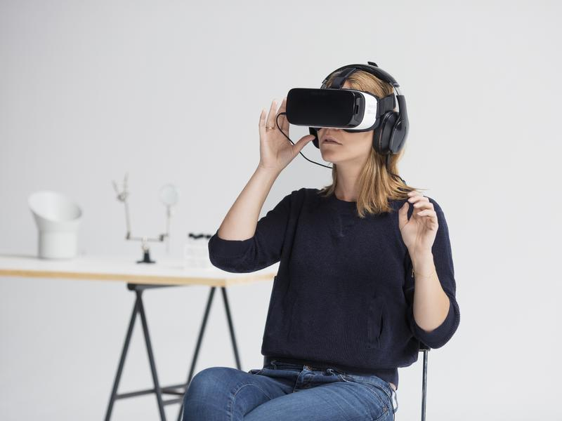 Mette Marie Lei Lange from Denmark faces her fear of spiders via the Itsy virtual reality app.