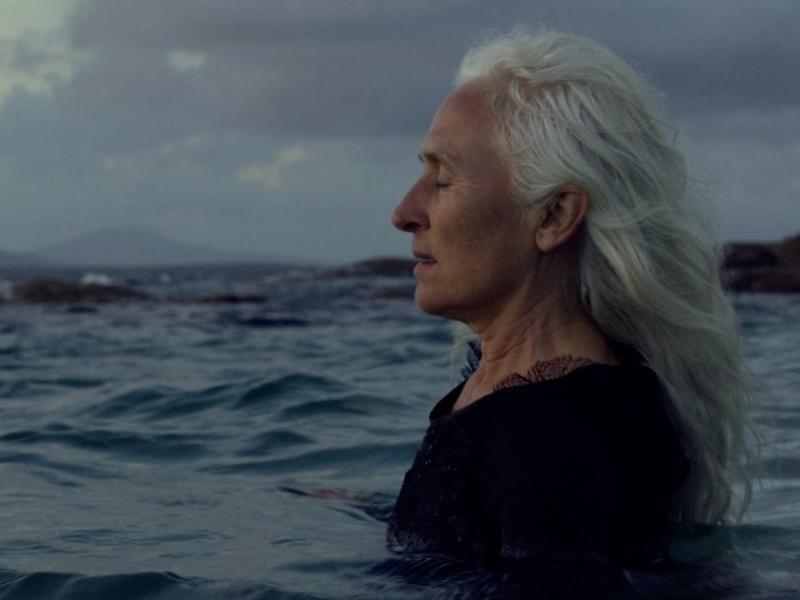 """A still from Josienne Clarke & Ben Walker's """"Something Familiar"""" video."""