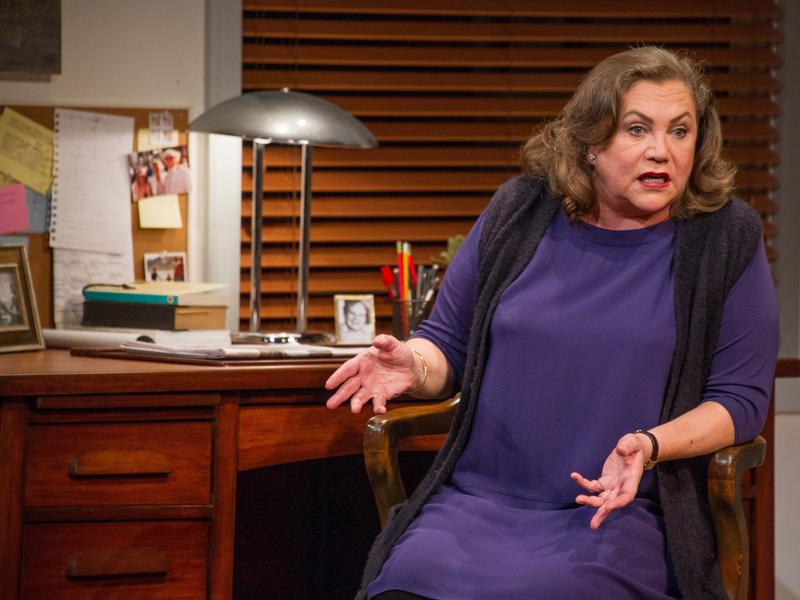 Kathleen Turner stars as Joan Didion in Arena Stage's production of <em>The Year of Magical Thinking.</em>