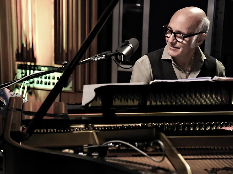 Ludovico Einaudi, performing live for KCRW.