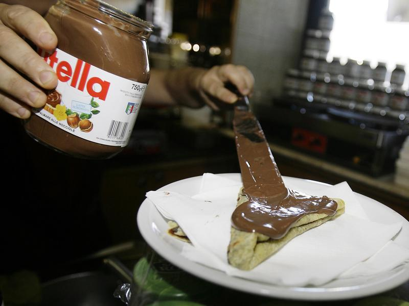 Dessert, or nut spread? The way the FDA classifies Nutella will determine the nutritional information U.S. consumers see on the product's label.