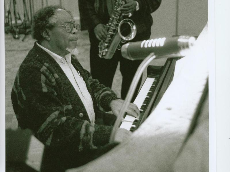 Sir Roland Hanna, pictured with saxophonist Ed Wiley Jr. in Brooklyn in 2001.