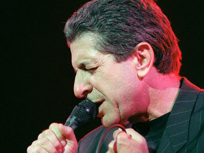 Leonard Cohen performs in 1988, five years before David Dye spoke to him backstage at a show in the Philly suburbs.