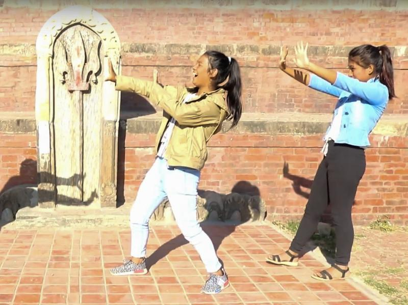 Freezing up for the #mannequinchallenge in Nepal.