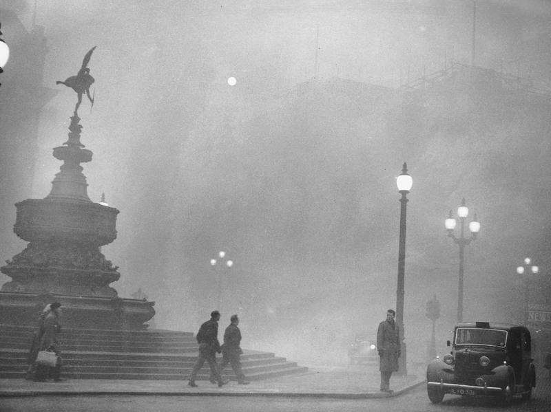 Heavy smog in London's Piccadilly Circus on Dec. 6, 1952, was part of a five-day fog that killed thousands of people.