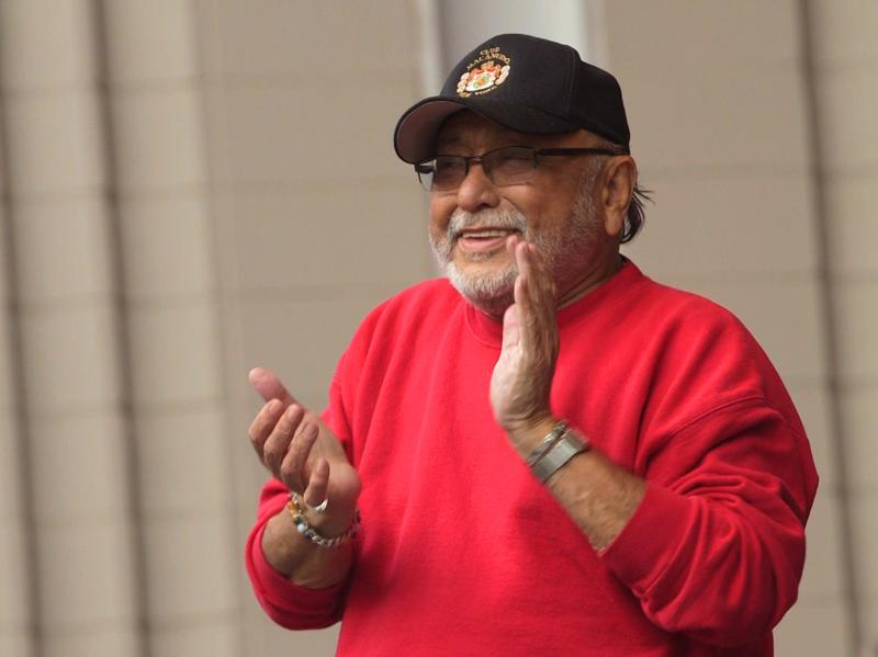 Eddie Palmieri on stage for a historic performance of <em>Harlem River Drive</em>.