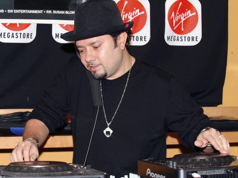 This week's episode of Metropolis features guest DJ Louie Vega, pictured here performing in New York City in 2005.