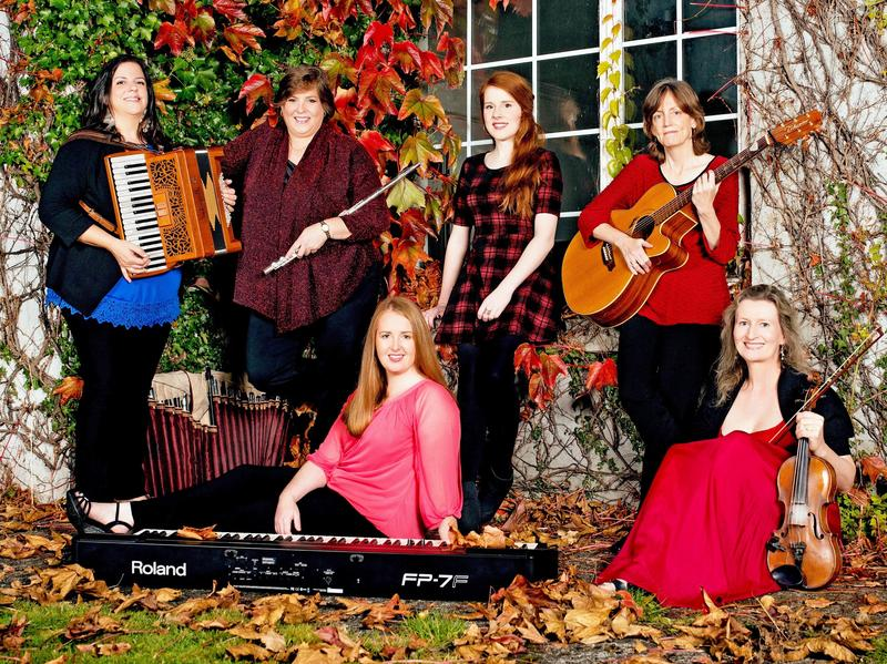 This week's episode features Christmas songs from the Irish-American band Cherish The Ladies.