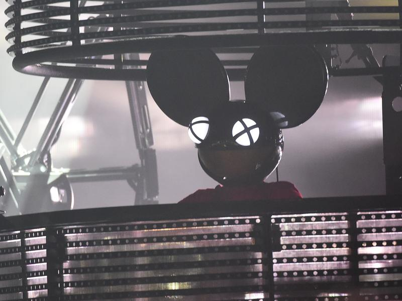 Hear a few tracks by Deadmau5, shown performing during the 2015 Bonnaroo Music & Arts Festival, in this week's mix.
