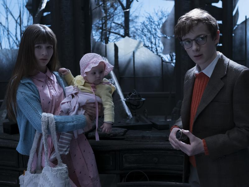 Malina Weissman and Louis Hynes play the older Baudelaire children, and Presley Smith is their baby sister in <em>The Series of Unfortunate Events</em> on Netflix.