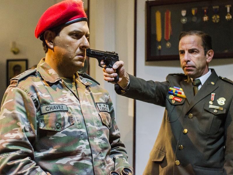 Colombian actor Andres Parra (left) plays Hugo Chavez in the new telenovela, <em>El Comandante.</em>