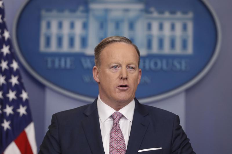 White House press Secretary Sean Spicer speaks during the daily White House briefing. (Pablo Martinez Monsivais/AP)