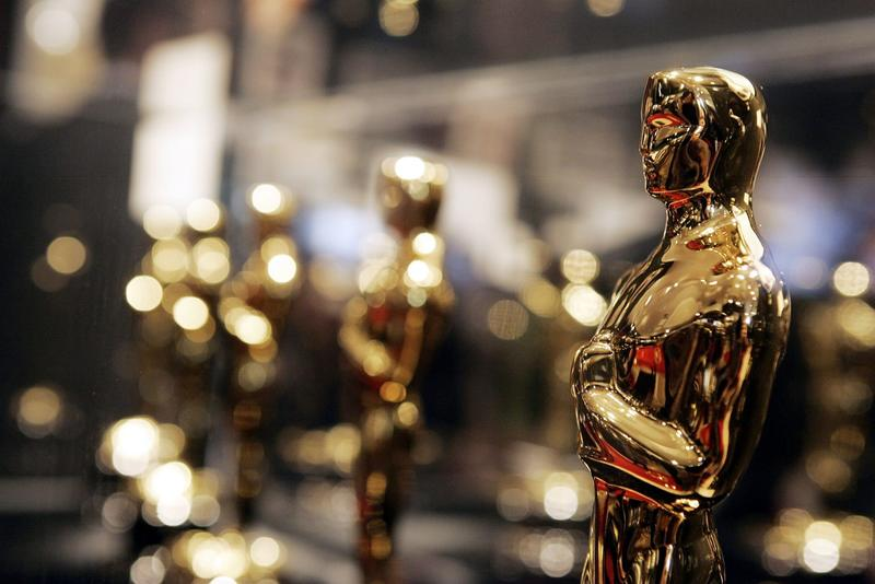 "Oscars are displayed at ""Meet the Oscars"", an exhibit that featured the 50 Oscar statuettes presented at the 78th Academy Awards in 2006. (Kevin Winter/Getty Images)"