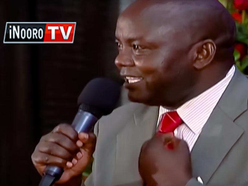 In a live TV program, John Macharia tells the Kenyan president that traffic police in Nairobi expect bribes from matatu drivers.