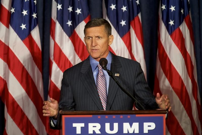Ret. Army Lt. Gen. Michael T. Flynn introduces Donald Trump on the campaign trail on Sept. 7, 2016. (Mark Makela/Getty Images)