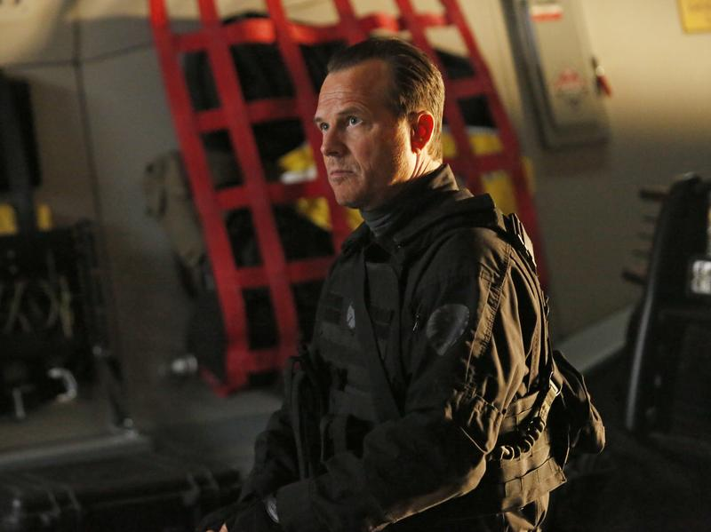 Bill Paxton as John Garrett on <em>Marvel's Agents of S.H.I.E.L.D.</em> in 2014. Garrett perished in the finale of the show's first season, a thing Paxton always did with style.