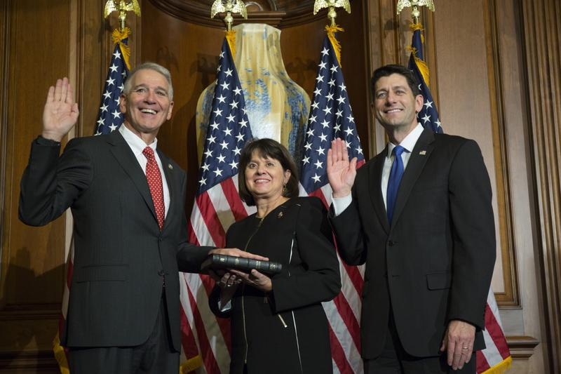 House Speaker Paul Ryan of Wis. administers the House oath of office to Rep. Ralph Abraham, R-La., during a mock swearing in ceremony on Capitol Hill in Washington, Tuesday, Jan. 3, 2017. (Zach Gibson/AP Photo)
