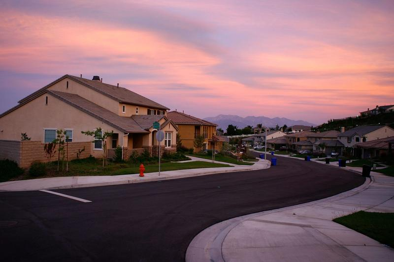 Recently built homes are seen in suburban neighborhoods on May 15, 2008 in the community of Highland, east of San Bernardino, Calif. (David McNew/Getty Images)
