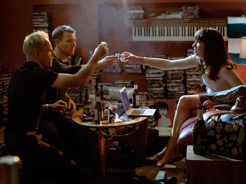 A Toast! To Absent Ceiling Babies!: Simon (Jonny Lee Miller), Renton (Ewan McGregor) and Veronika (Anjela Nedyalkova) in <em>T2 Trainspotting</em>.