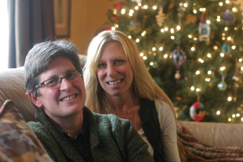 Deb Napolitano, left, and cousin Lauri Ford del Rio are lighter on their feet, with their stomachs removed and their cancer risk dramatically reduced.