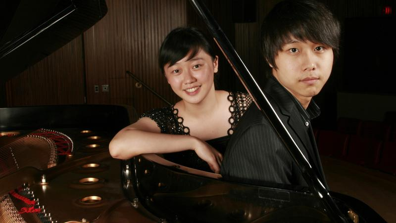 Pianists Fei-Fei Dong and Steven Lin.