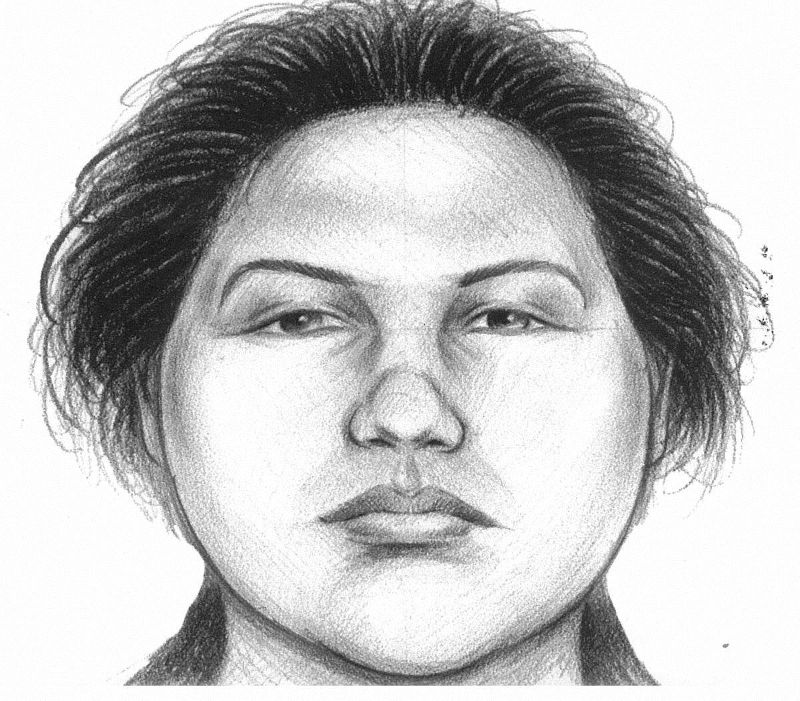 A woman is being sought by police in the fatal subway pushing of a man waiting for the No. 7 train.