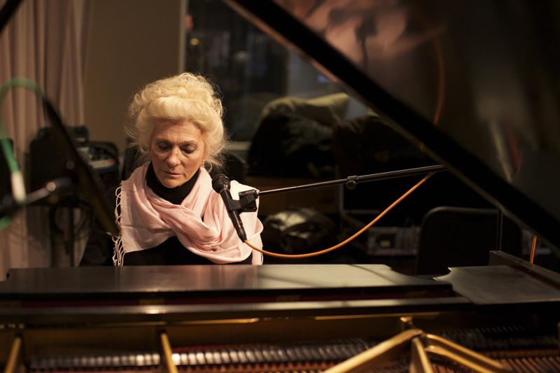 Judy Collins in the WNYC Studio