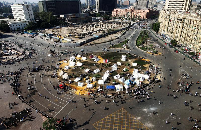 Egyptian opposition gather in sit-in tents at the landmark Tahrir square in Cairo on November 25, 2012.