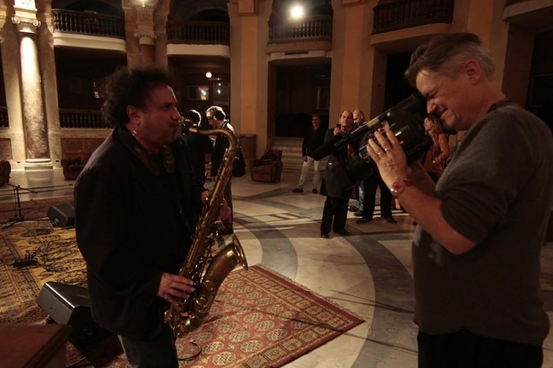 Jonathan Demme's latest musical documentary focuses on the life of Italian saxophonist Enzo Avitable.