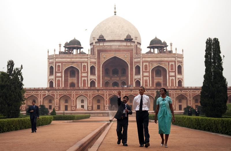President Barack Obama and First Lady Michelle Obama tour through Humayun's Tomb in New Dehli on November 7, 2010.