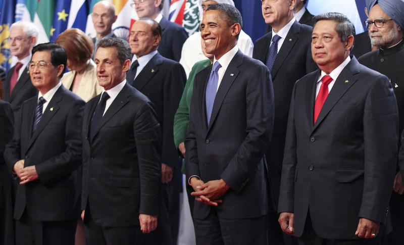 World leaders at the Group of 20 meeting in Cannes.