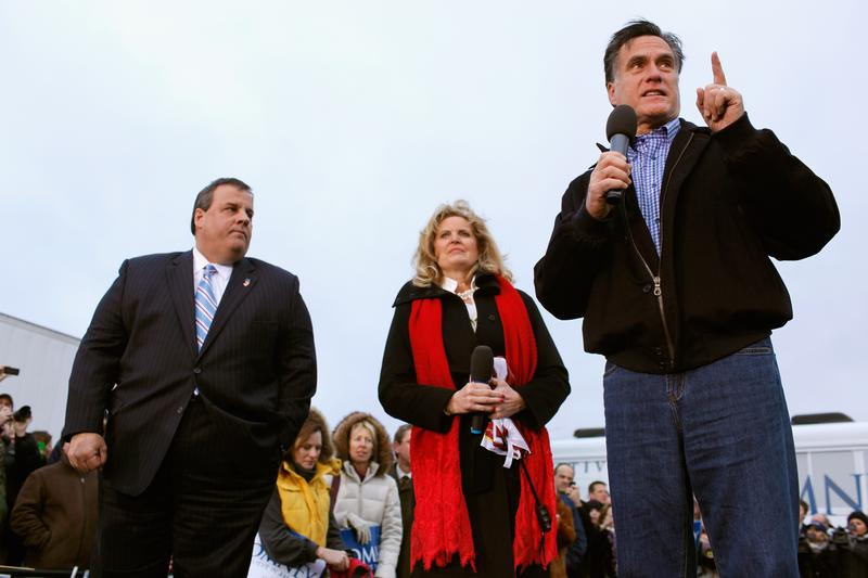 Mitt Romney addresses a campaign rally with New Jersey Governor Chris Christie.