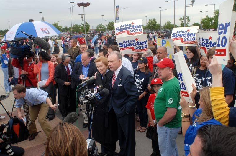 U.S. Sen. Arlen Specter (D-PA) and his wife Joan attend a campaign event outside Citizens Bank Park May 17, 2010 in Philadelphia, Pennsylvania.