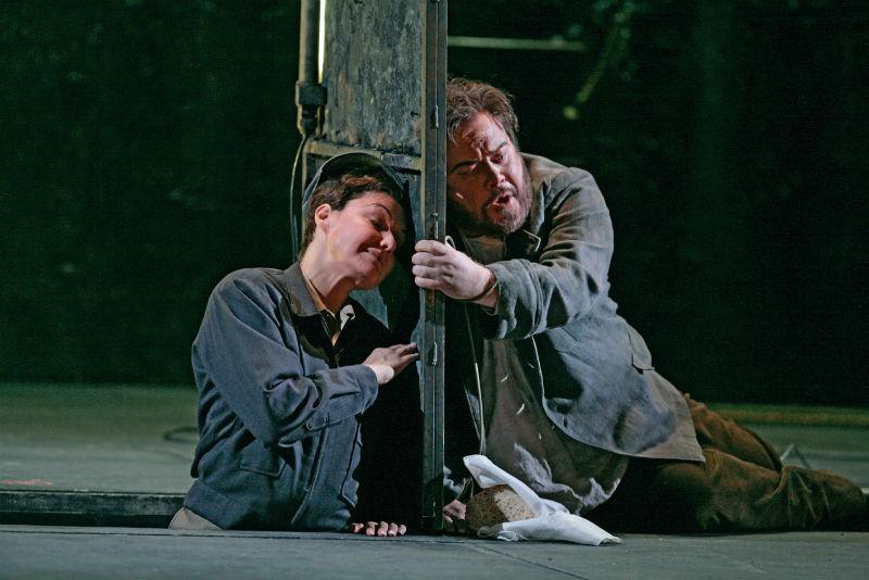 Karita Mattila as Leonore and Richard Margison as Florestan in 'Fidelio'