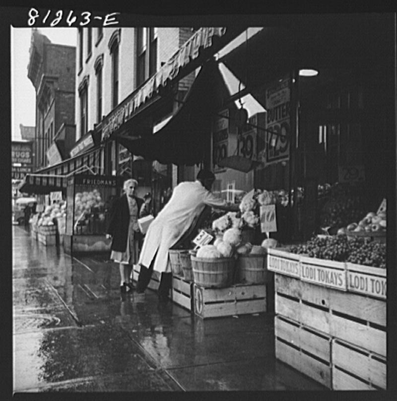 Vegetable stand. Amsterdam, New York, 1941.