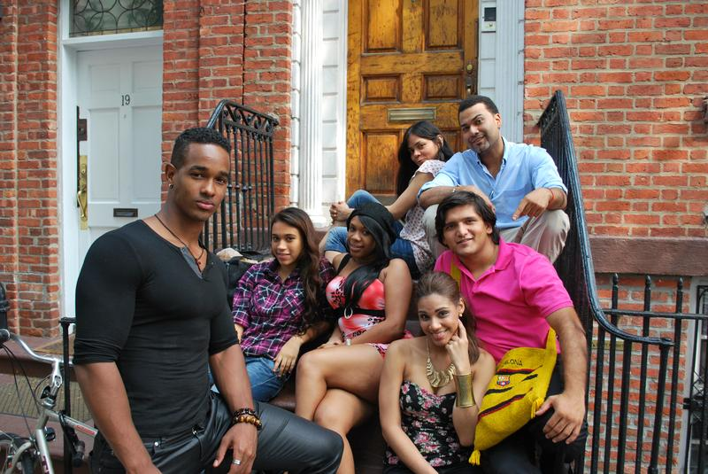 A group of performers who auditioned for Protagonistas, after the casting call.