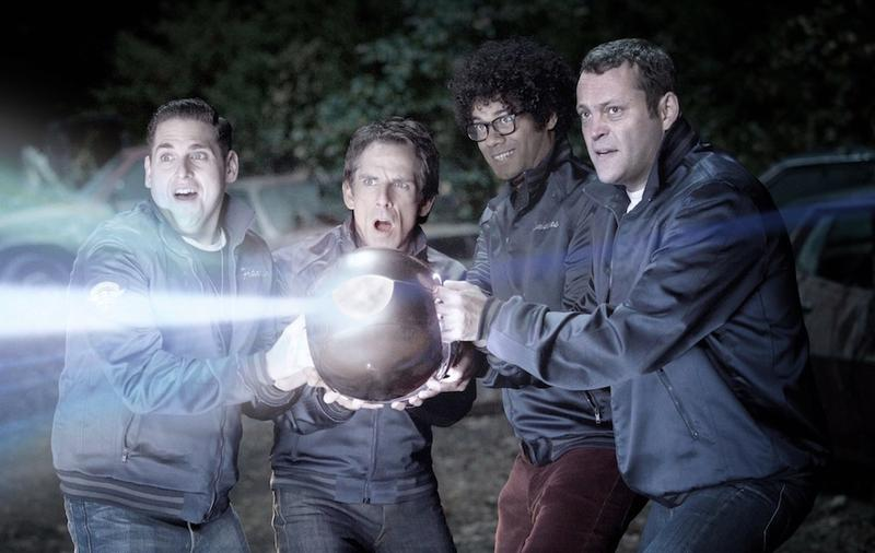 The gang of the watch uses alien technology to blow up cattle.