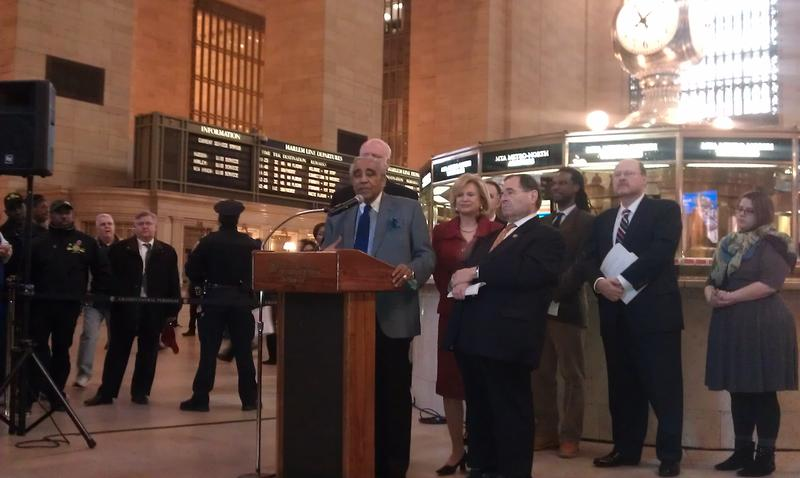 Some Democratic members of NYC's congressional delegation joins MTA Chairman Lhota to speak out against possible federal funding cuts to transit.