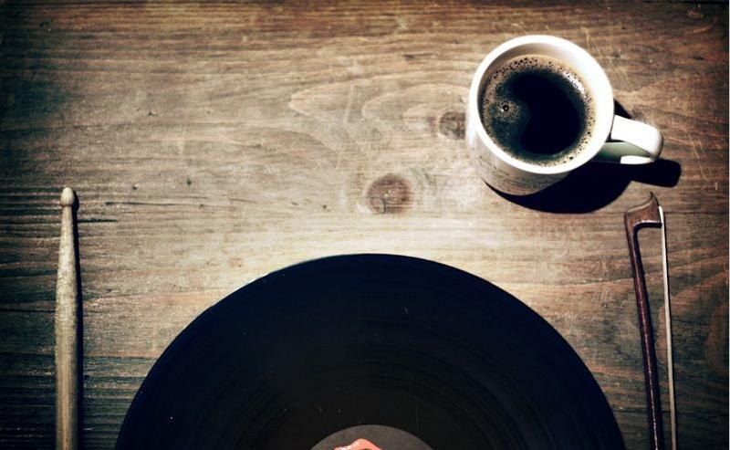 Vinyl Breakfast Plate