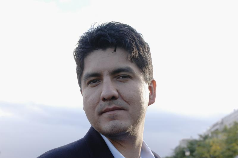 American author Sherman Alexie poses during the Book Fair America in Paris,France on the 17th of October 2004.
