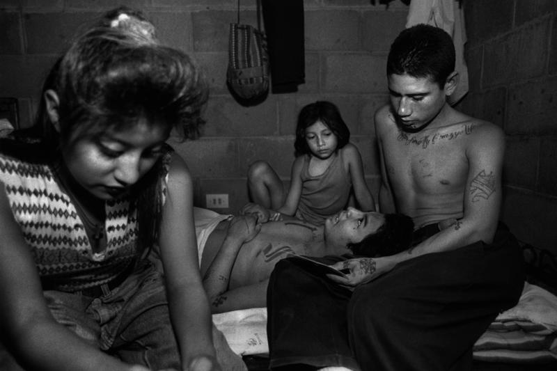 Donna De Cesare. San Bartolo, El Salvador, 1996.