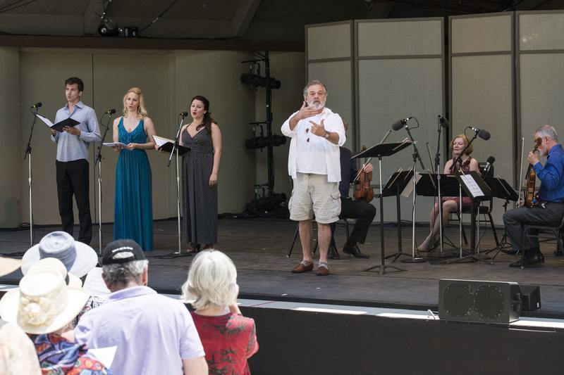 Mark Morris conducts Ojai Festival artists and audience in Carl Ruggles's 'Exaltation' at Libbey Bowl