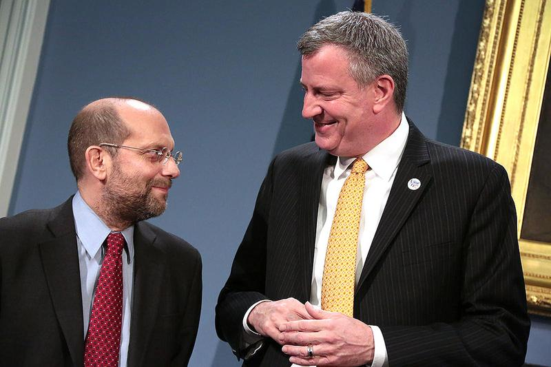 Mayor Bill de Blasio announces the appointment of Steve Banks as commissioner of the Human Resources Administration on Friday, February 28, 2014.